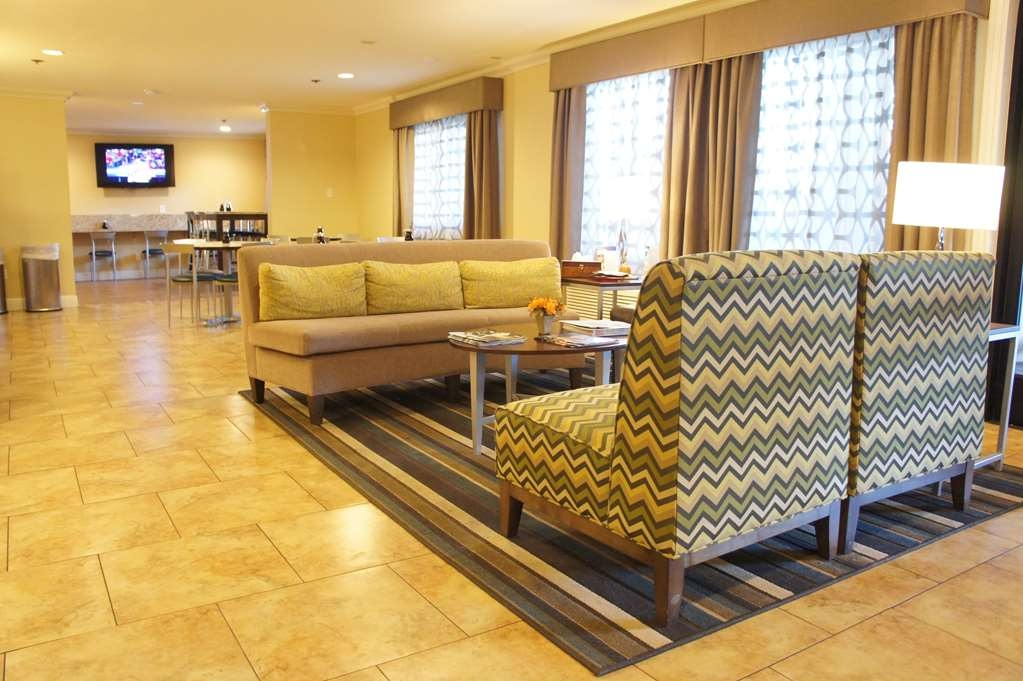 Best Western Plus Pleasanton Inn - Our lobby is the perfect spot to relax after a long day of work and travel.