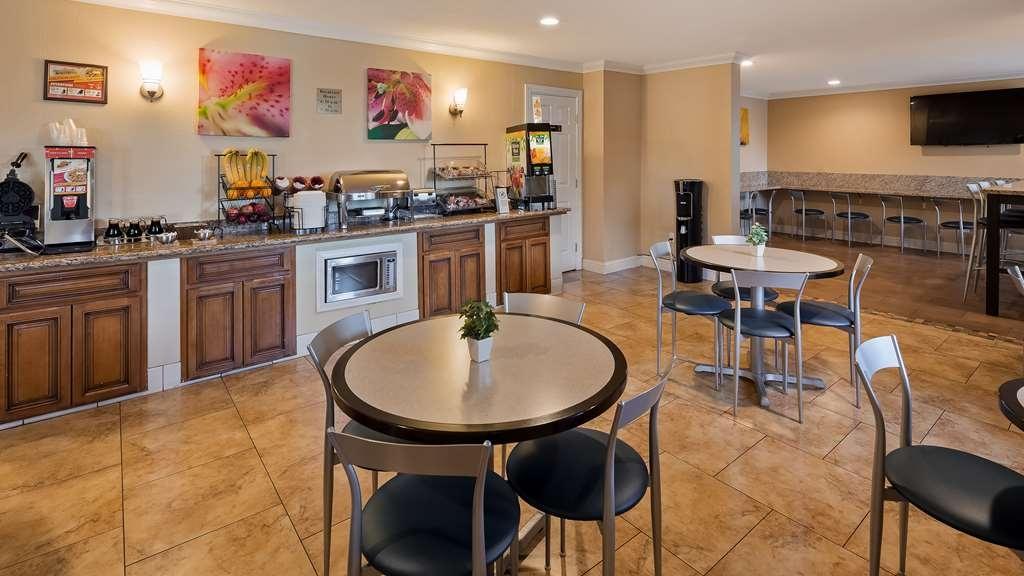 Best Western Plus Pleasanton Inn - Restaurant / Gastronomie