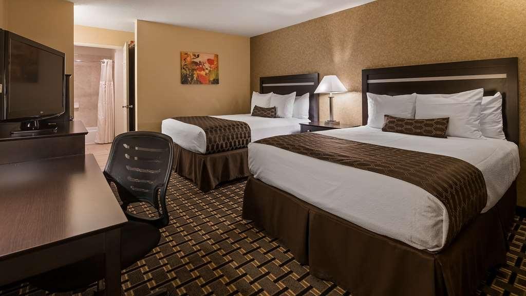 Best Western Plus Pleasanton Inn - Gästezimmer/ Unterkünfte