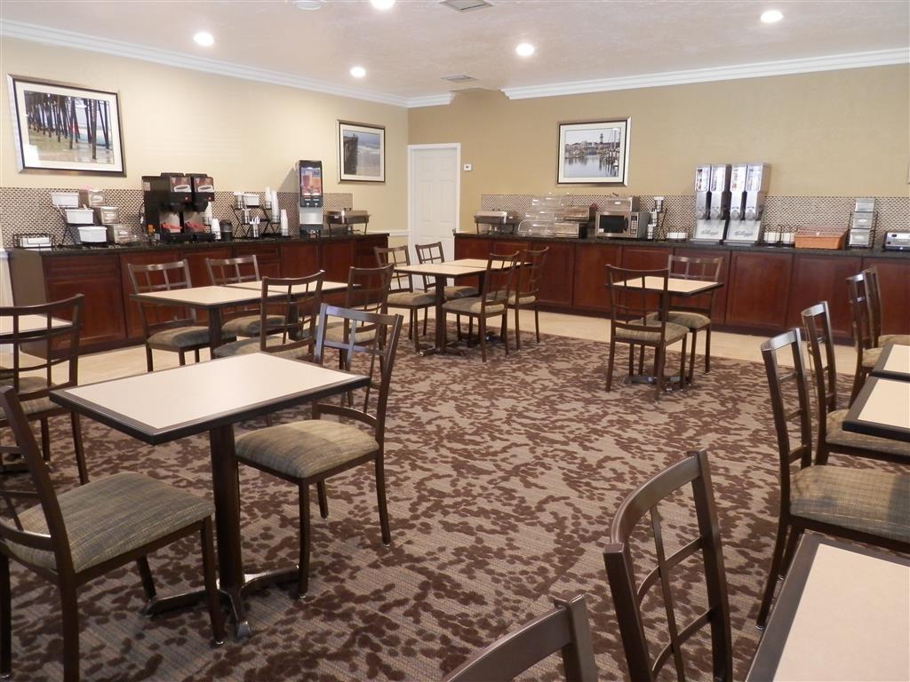Best Western Oceanside Inn - Frühstücksbereich