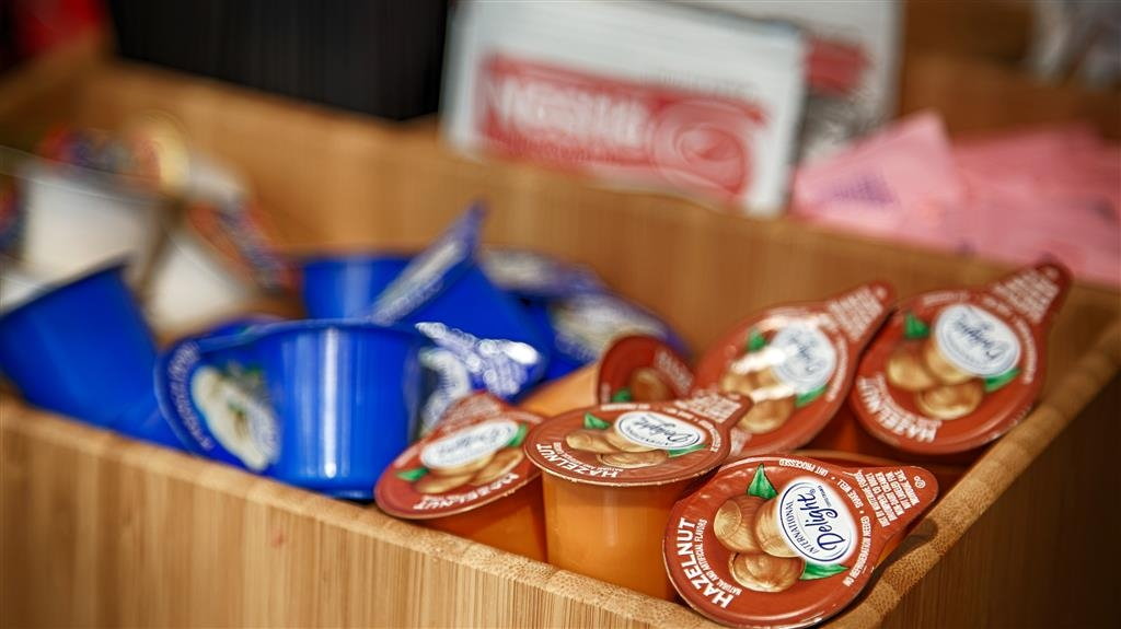 Best Western Harbour Inn & Suites - Le petit déjeuner buffet