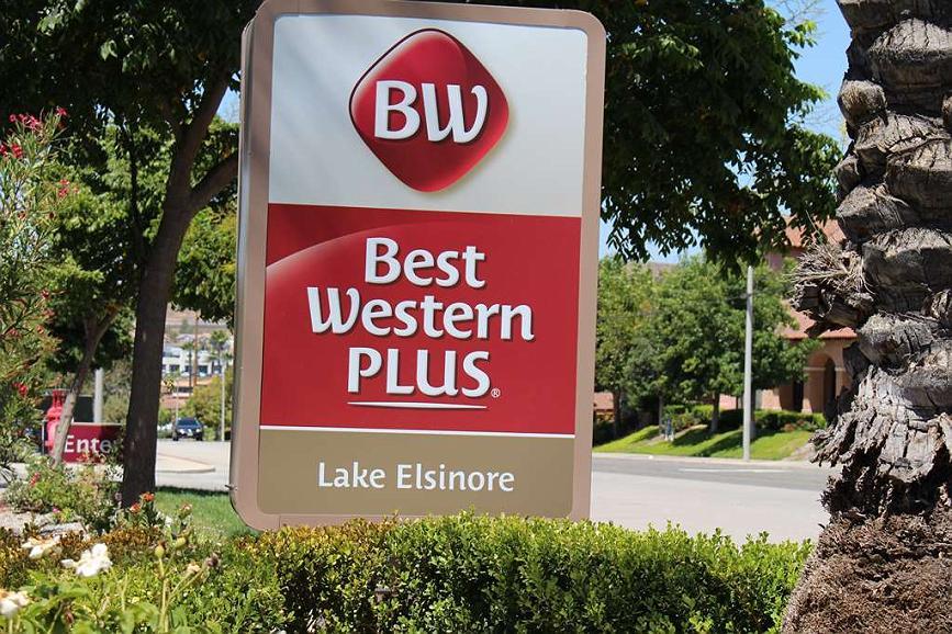 31781 casino drive lake elsinore ca 92530