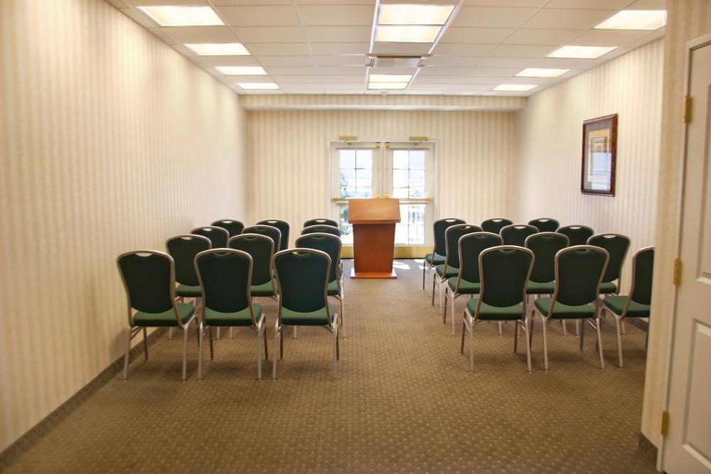 Best Western Plus Lake Elsinore Inn & Suites - Sala de reuniones