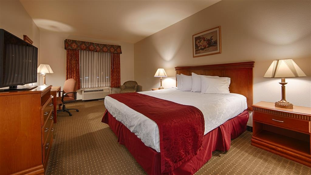 Best Western Plus Lake Elsinore Inn & Suites - Chambres / Logements