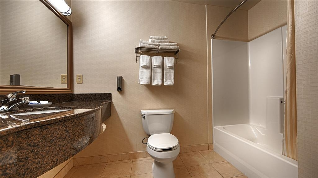 Best Western Plus Lake Elsinore Inn & Suites - Salle de bain