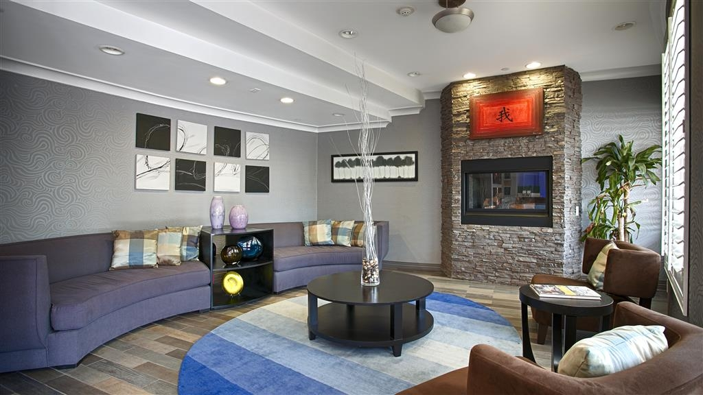 Best Western Plus Avita Suites - Lobby Lounge