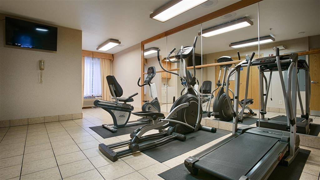 Best Western Galt Inn - Work off last night's calories in our fitness center.