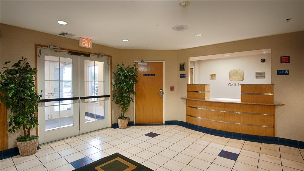 Best Western Galt Inn - Our front desk staff is available for you 24 hours a day.