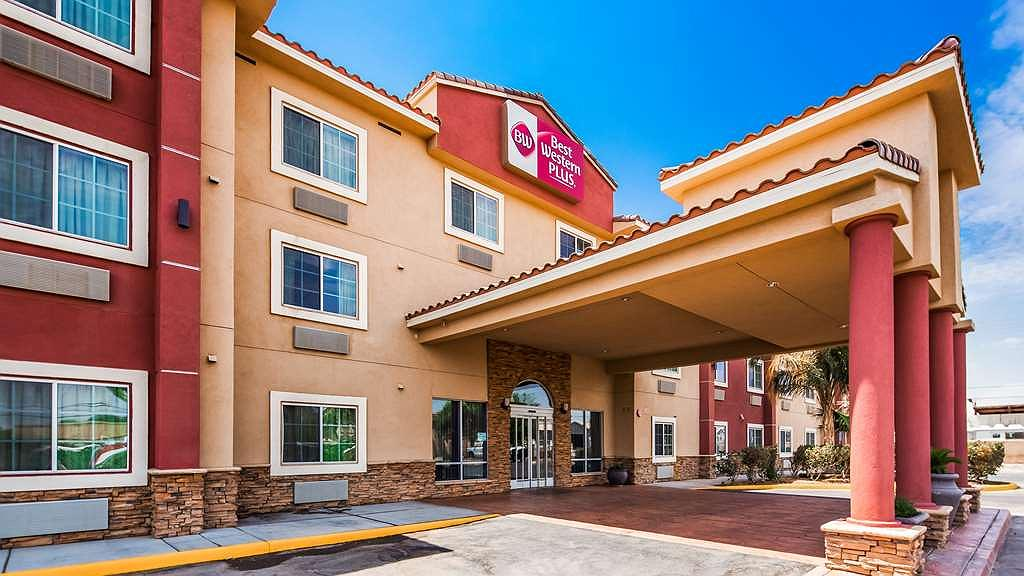 Best Western Plus Main Street Inn - There's no better way to experience Brawley than from the Best Western Plus Main Street Inn.