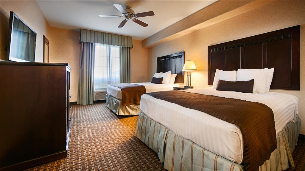 Best Western Plus Main Street Inn - Two queen beds