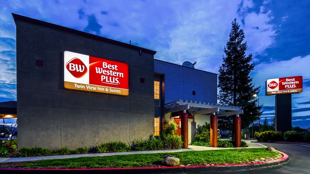 Best Western Plus Twin View Inn & Suites - We offer easy access to Redding's most exciting events and attractions.