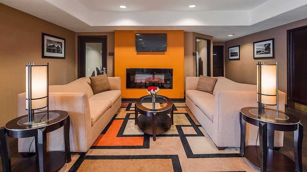 Santa Rosa Recycling Center >> Hotel In Santa Rosa Best Western Plus Wine Country Inn