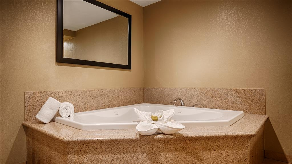 Best Western Plus Wine Country Inn & Suites - Relax the body, mind and soul in our in room whirlpool spa.