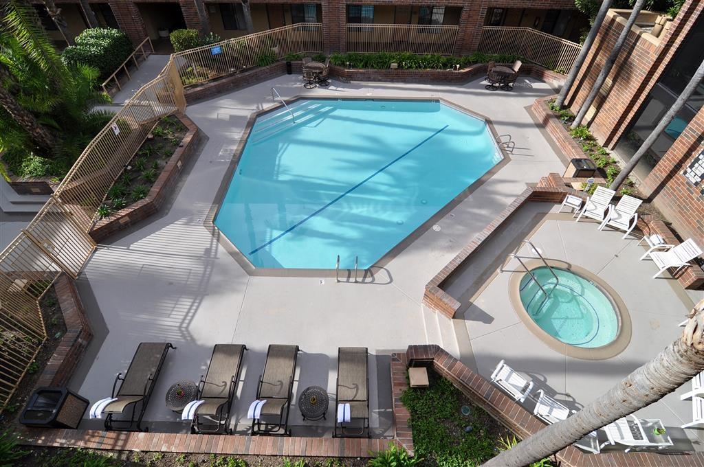 Best Western Plus Meridian Inn & Suites, Anaheim-Orange - Schwimmbad
