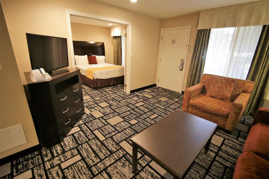 Best Western Plus Meridian Inn & Suites, Anaheim-Orange - Suite