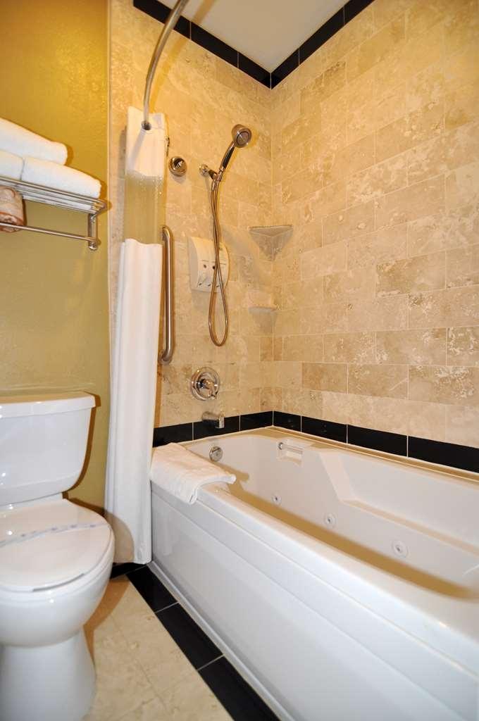 Best Western Plus Meridian Inn & Suites, Anaheim-Orange - Chambres / Logements