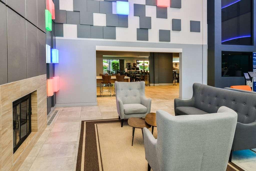 Best Western Plus Meridian Inn & Suites, Anaheim-Orange - Vista del vestíbulo