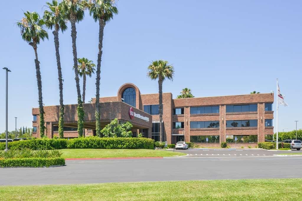 Best Western Plus Meridian Inn & Suites, Anaheim-Orange - Façade