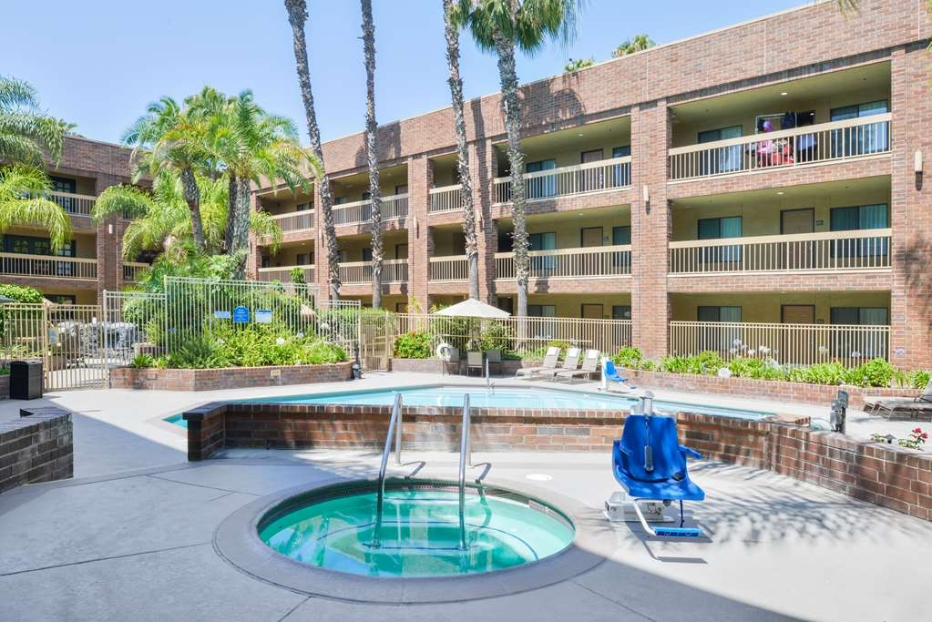 Best Western Plus Meridian Inn & Suites, Anaheim-Orange - Spa