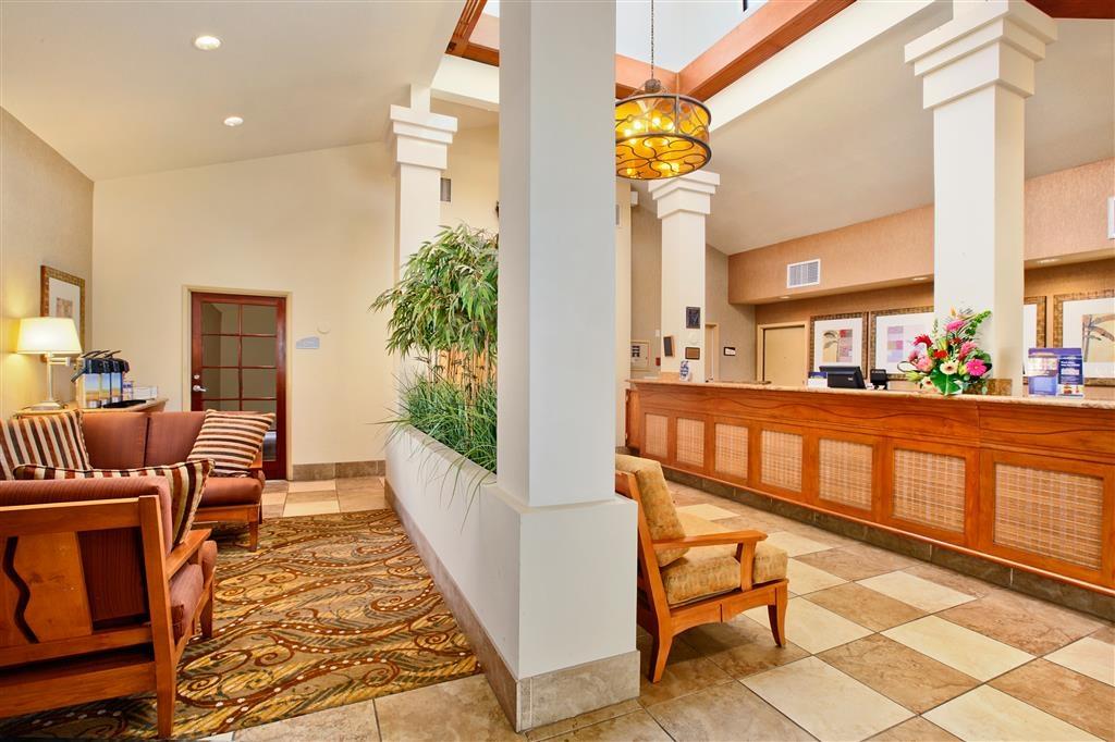 Best Western Chula Vista/Otay Valley Hotel - Vue du lobby
