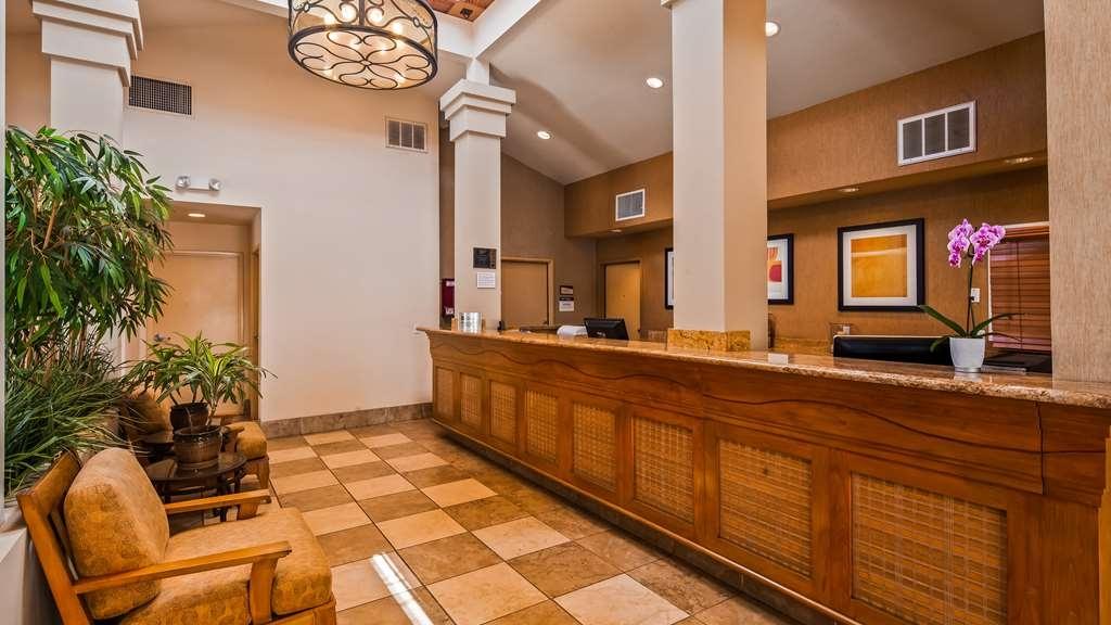 Best Western Chula Vista/Otay Valley Hotel - Lobby view