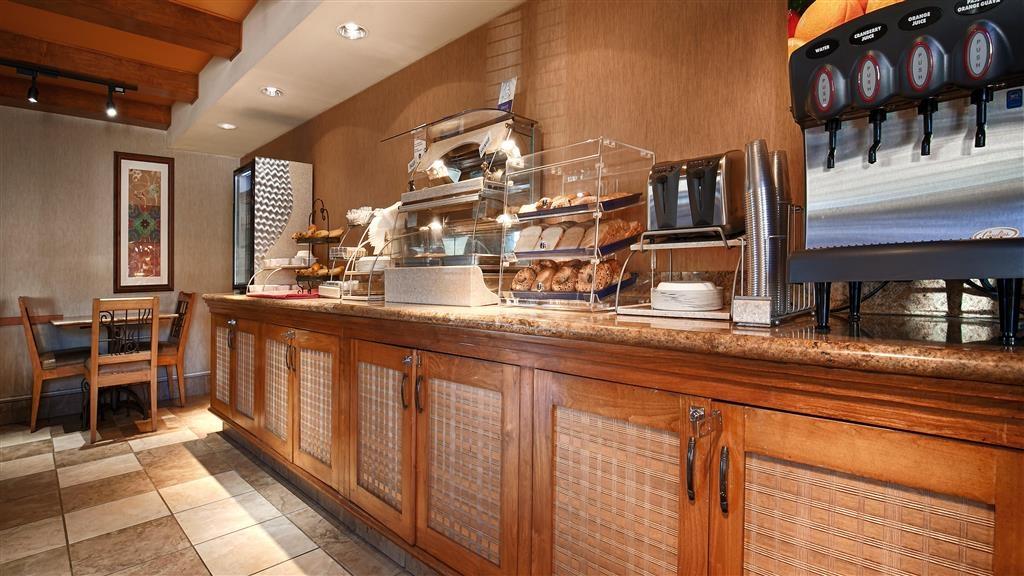 Best Western Chula Vista/Otay Valley Hotel - Breakfast Bar