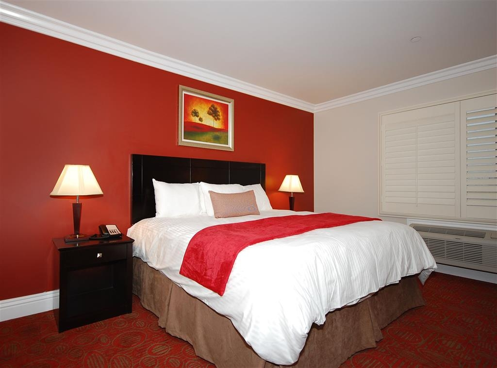 Best Western Burbank Airport Inn - Gästezimmer mit Queensize-Bett
