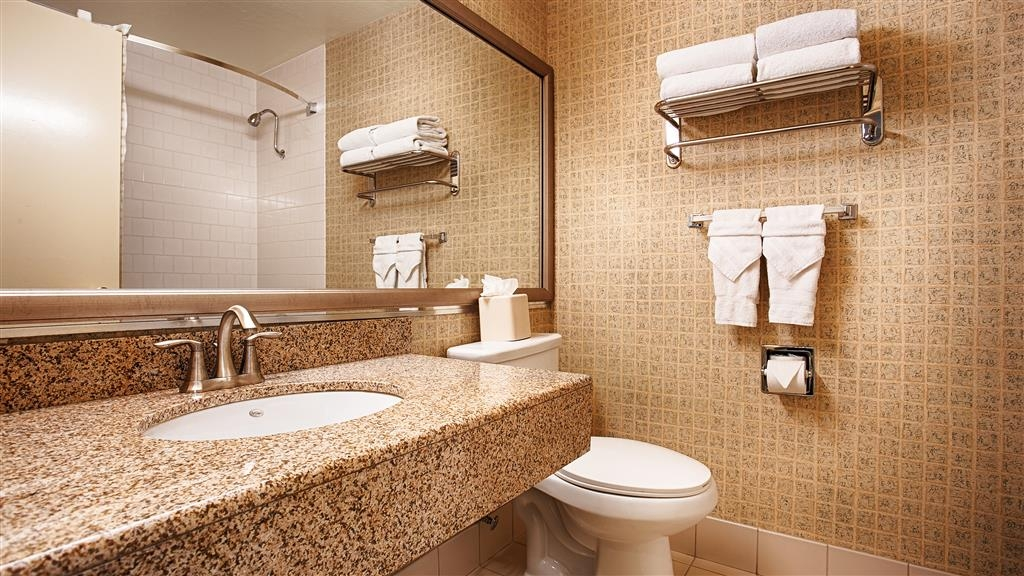 Best Western Plus Heritage Inn - Baño