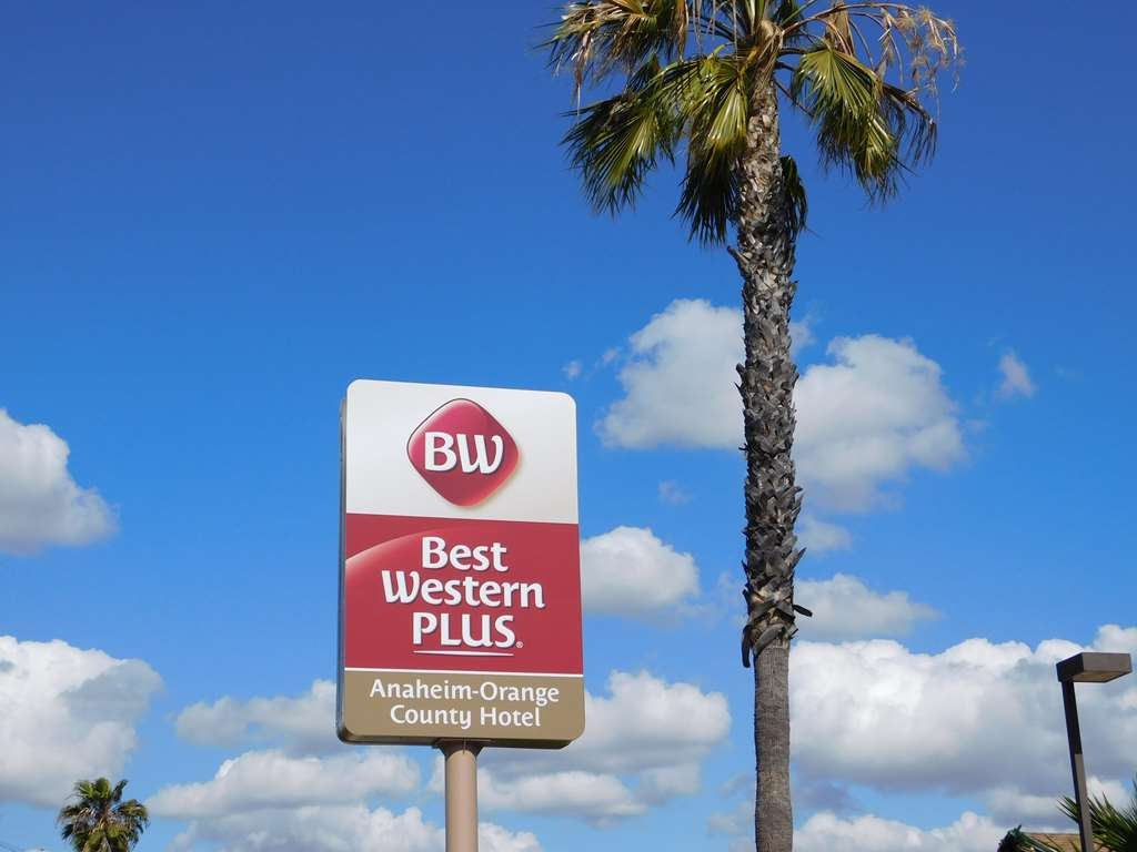 Best Western Plus Anaheim Orange County Hotel - Vista Exterior
