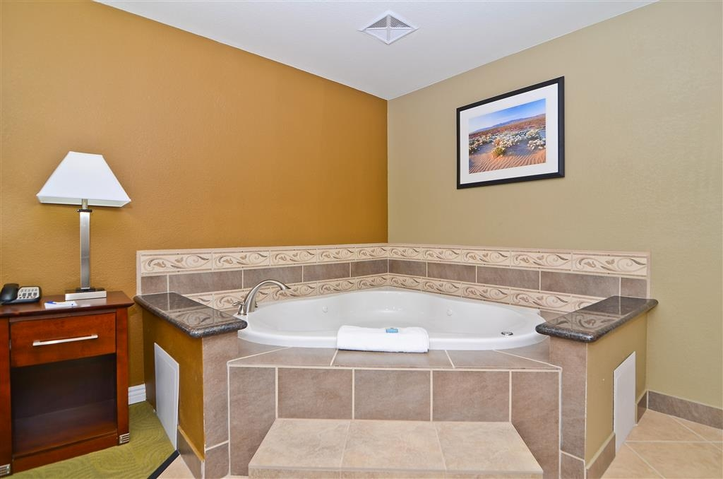Best Western California City Inn & Suites - Bain bouillonnant