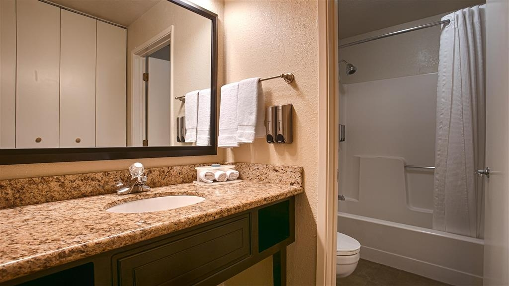 Best Western Yuba City Inn - All guest bathrooms have a large vanity with plenty of room to unpack the necessities.