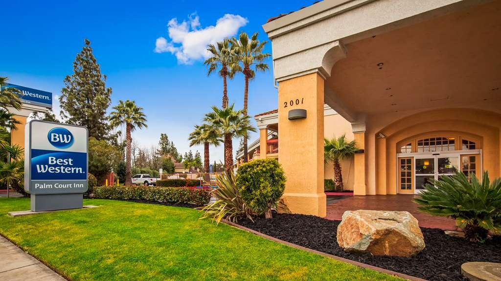 Best Western Palm Court Inn - Vista Exterior