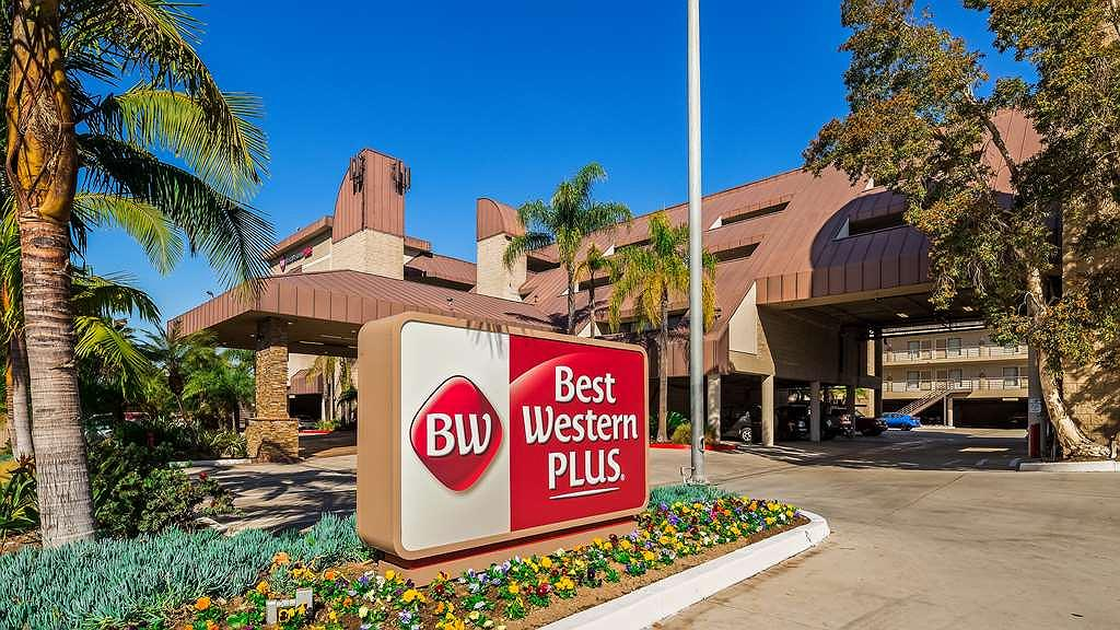 Best Western Plus Irvine Spectrum Hotel - Façade