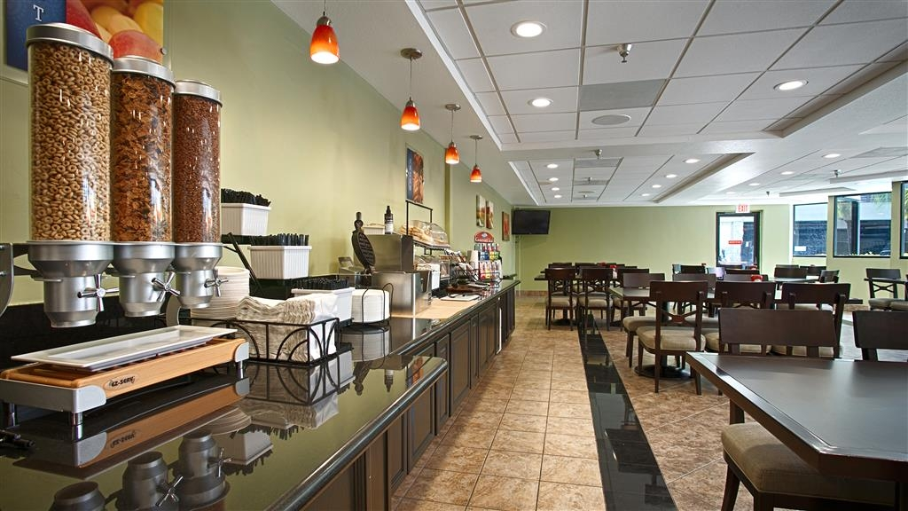 Best Western Plus Irvine Spectrum Hotel - Breakfast Room