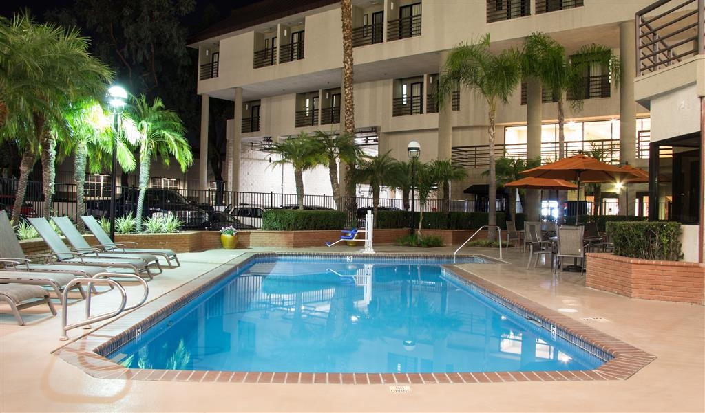Best Western Plus Irvine Spectrum Hotel - Relax poolside at night!