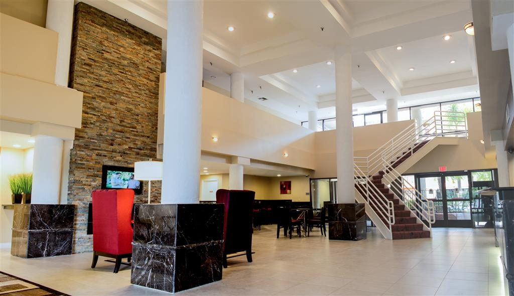 Best Western Plus Irvine Spectrum Hotel - Our lobby is an ideal place to unwind!