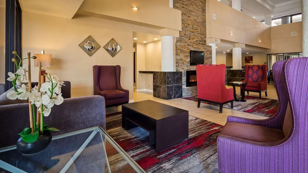 Best Western Plus Irvine Spectrum Hotel - Vista del vestíbulo