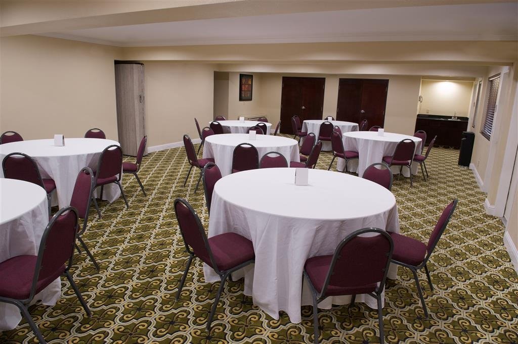 Best Western Plus Orchid Hotel & Suites - Galleria Room: accommodates up to 60 guests and an experienced, attentive meeting room coordinator is available to handle all meeting/banquet needs.