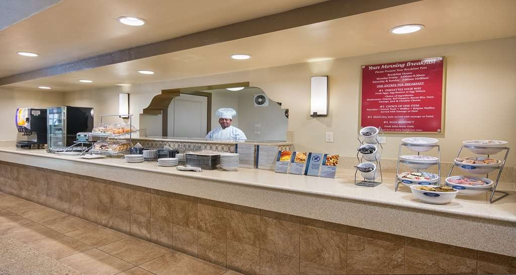 Best Western San Dimas Hotel & Suites - Let our Chef prepare you a Cook-To-Order Breakfast! Omelettes your way, Egg's Benedict, Waffles and French Toast!