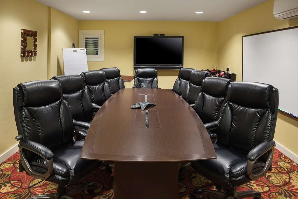 Best Western The Inn of Los Gatos - Host your meetings in our boardroom at the BEST WESTERN The Inn of Los Gatos