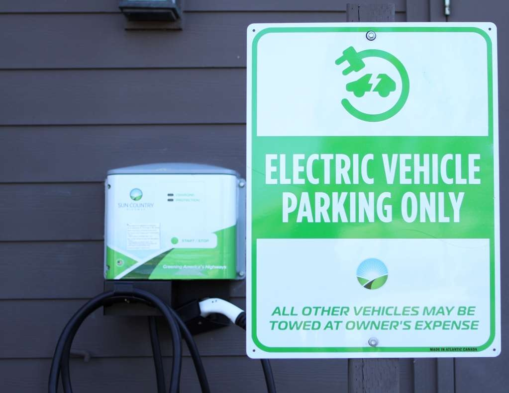 Best Western Plus Bayside Hotel - We offer complimentary Electric Car Charging for registered guests.