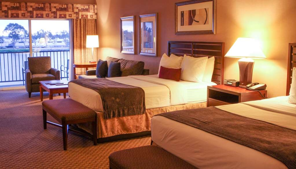 Best Western Plus Bayside Hotel - This is one of our larger two queen guest rooms facing the water.