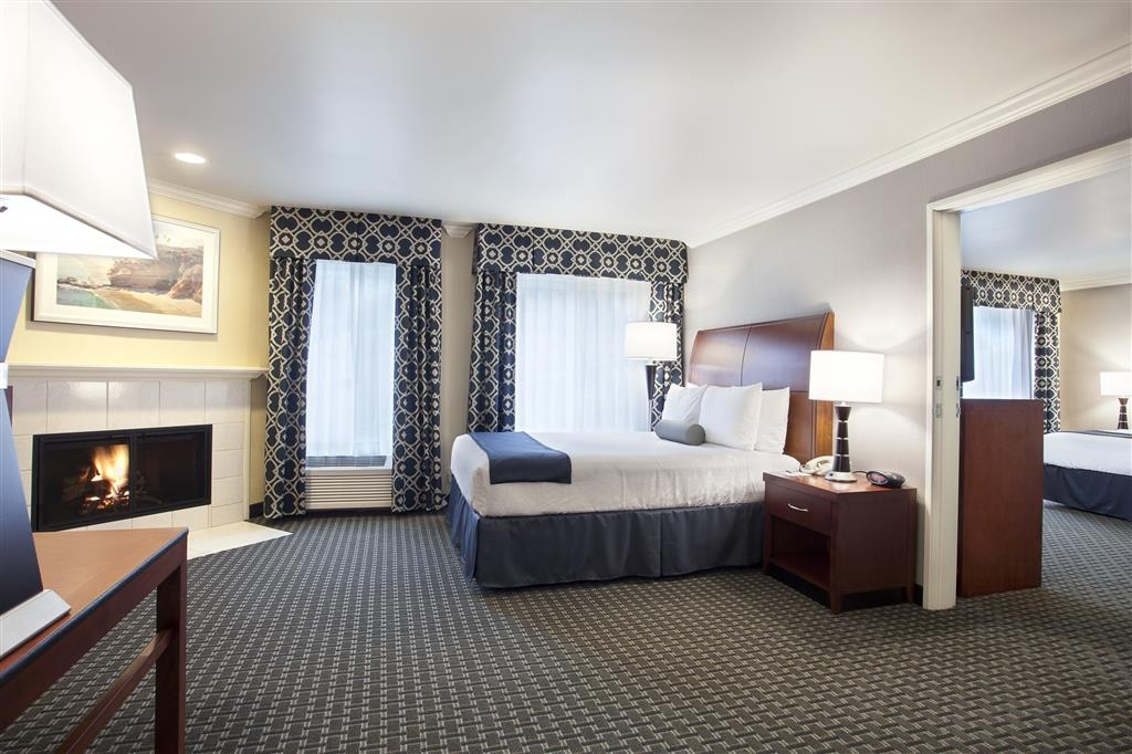 Best Western Plus Marina Shores Hotel - Doheny Suite allows you to connect up to three separate rooms, including one with a fireplace, call hotel directly to make reservations.