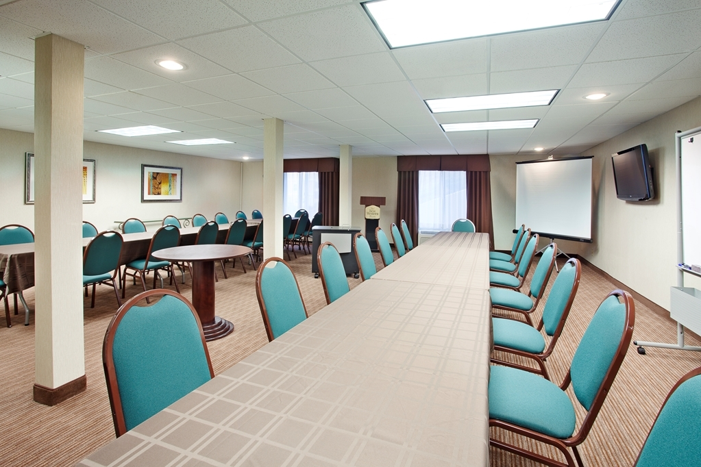 Best Western Plus Marina Shores Hotel - Intimate setting for groups up to 30.