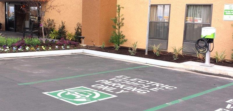 Best Western Plus Fresno Airport Hotel - First hotel in Fresno, CA to have an electric vehichal EV charging station, level 2 - 1000. Free for hotel guests!