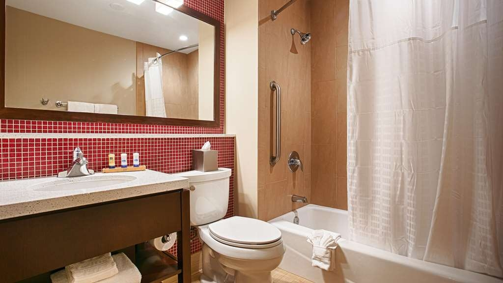 Best Western Plus Rancho Cordova Inn - We ensure everything is spotless for you everyday.