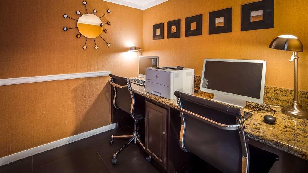 Best Western Plus Rancho Cordova Inn - Business Center