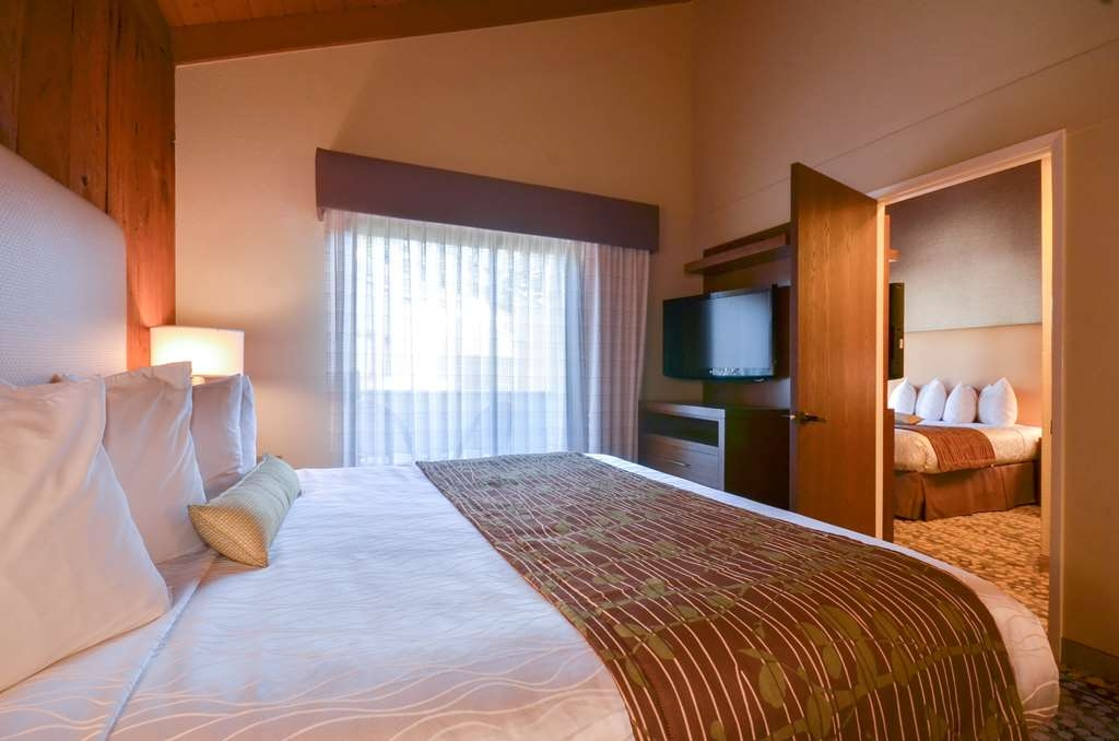 Best Western The Inn & Suites Pacific Grove - Camere / sistemazione