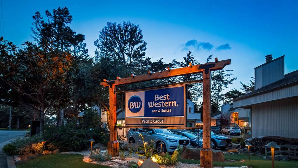 Best Western The Inn & Suites Pacific Grove - Vista Exterior