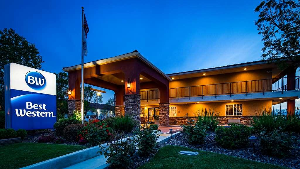 Best Western Willows Inn - Area esterna